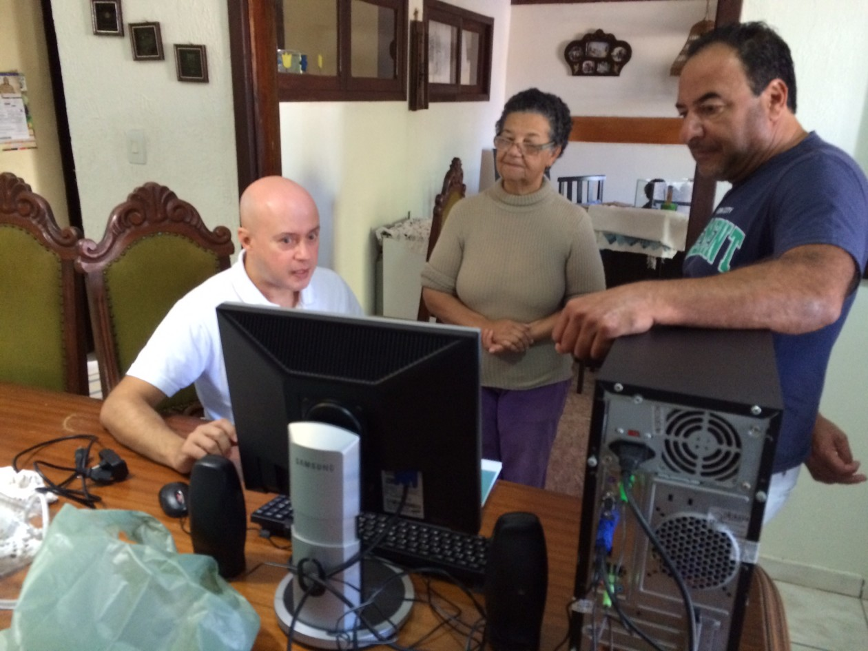 Doação à Pastoral da Criança de Itapoá-Itapoá/SC - 09/05/2015
