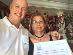 Recolhimento da urna de pesquisa na Pousada das Laranjeiras, junto à Maria Elizete